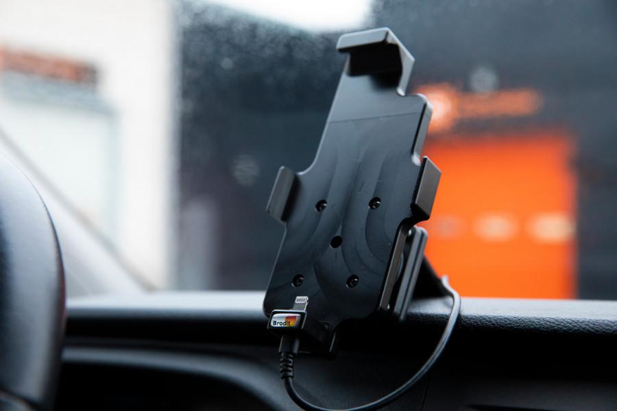 Les produits d'environnement du conducteur font de votre véhicule un vrai bureau mobile