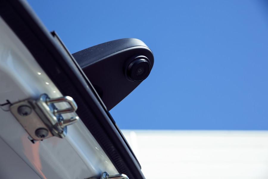 Achteruitkijkcamera's en -sensoren van Work System
