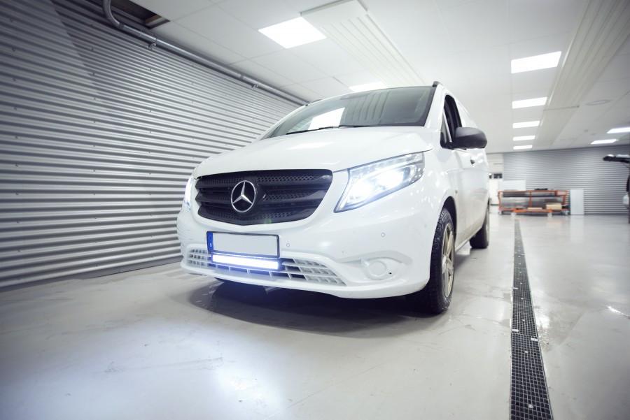 Zusatzleuchten und LED-Leisten für Arbeitsfahrzeuge oder PKW